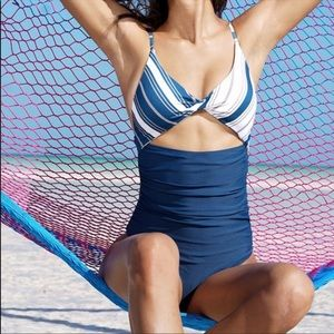 NWT Cupshe medium Blue white stripe one piece swim